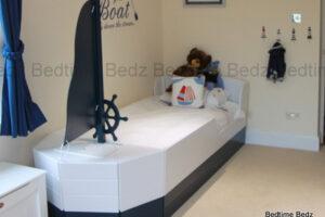 Pirate Boat Bed Bevis crop
